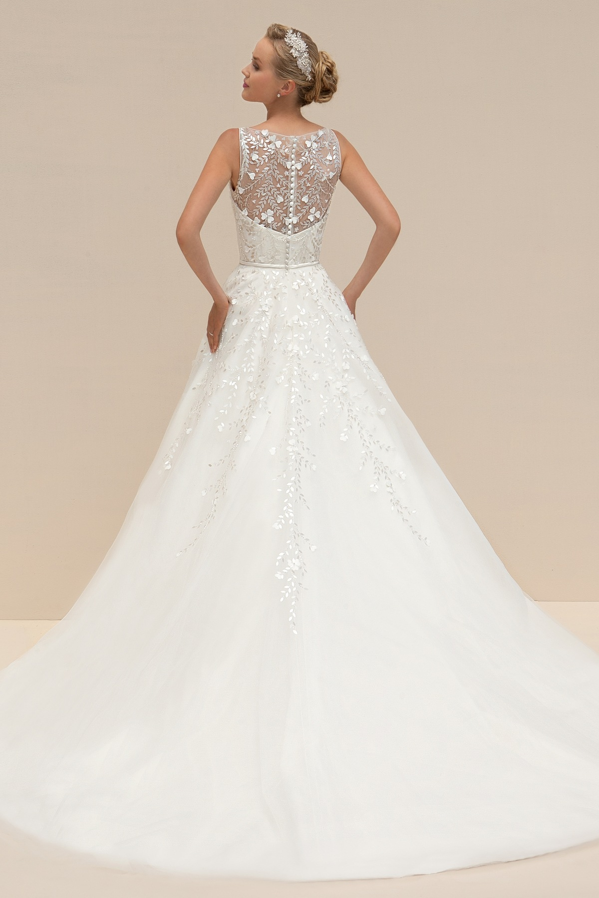 Mark Lesley 7085 Bridal Gown