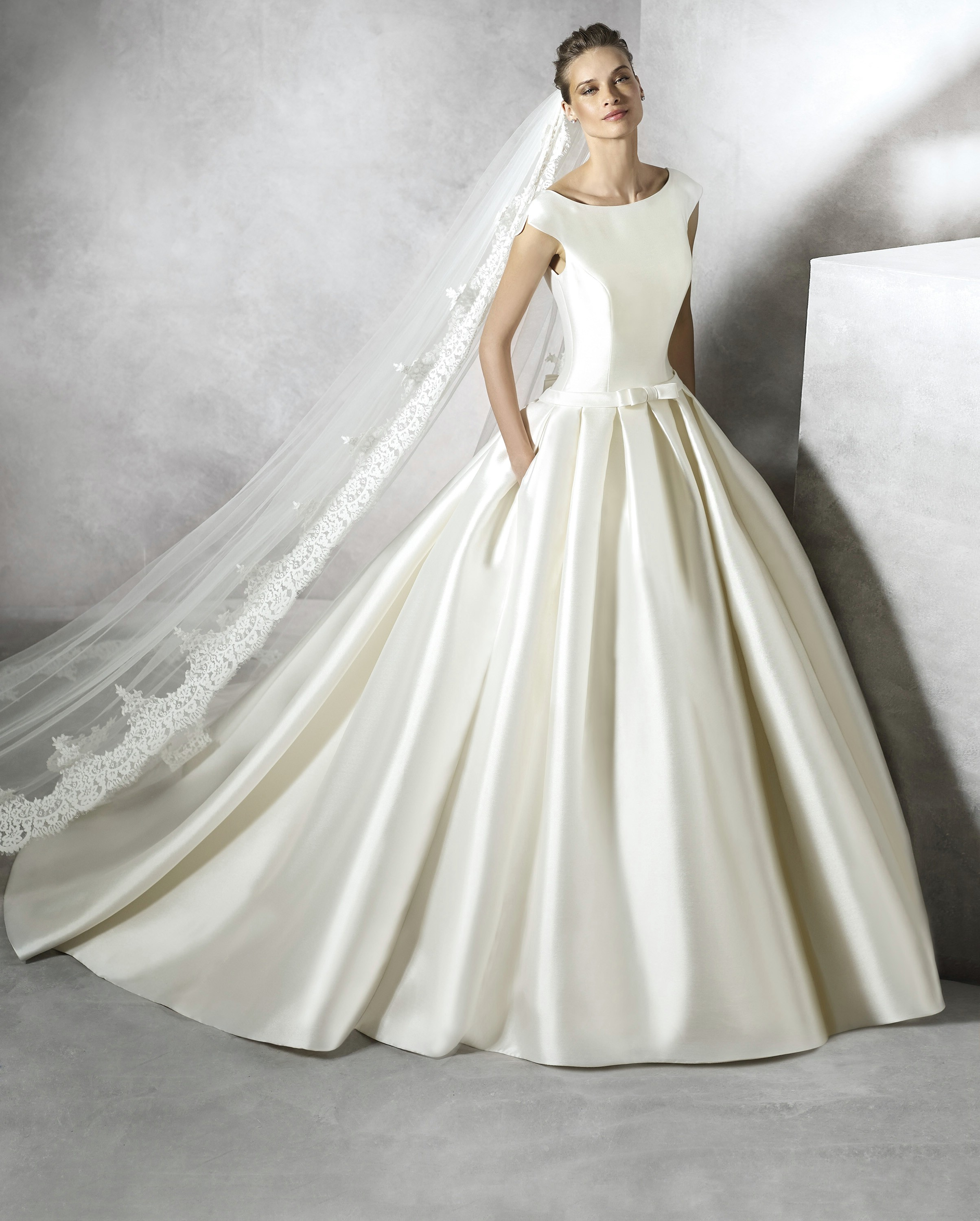 Pronovias wedding dresses uk stockists junoir bridesmaid for Pronovias wedding dresses uk