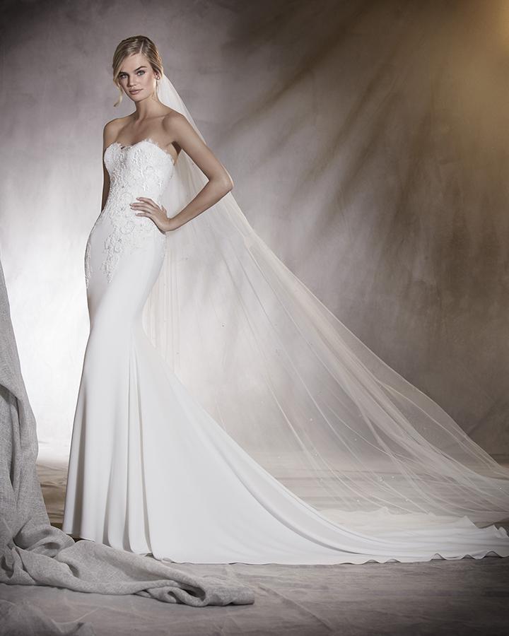 Lace Wedding Dresses Newcastle : Pronovias alicia mia sposa bridal boutique  t