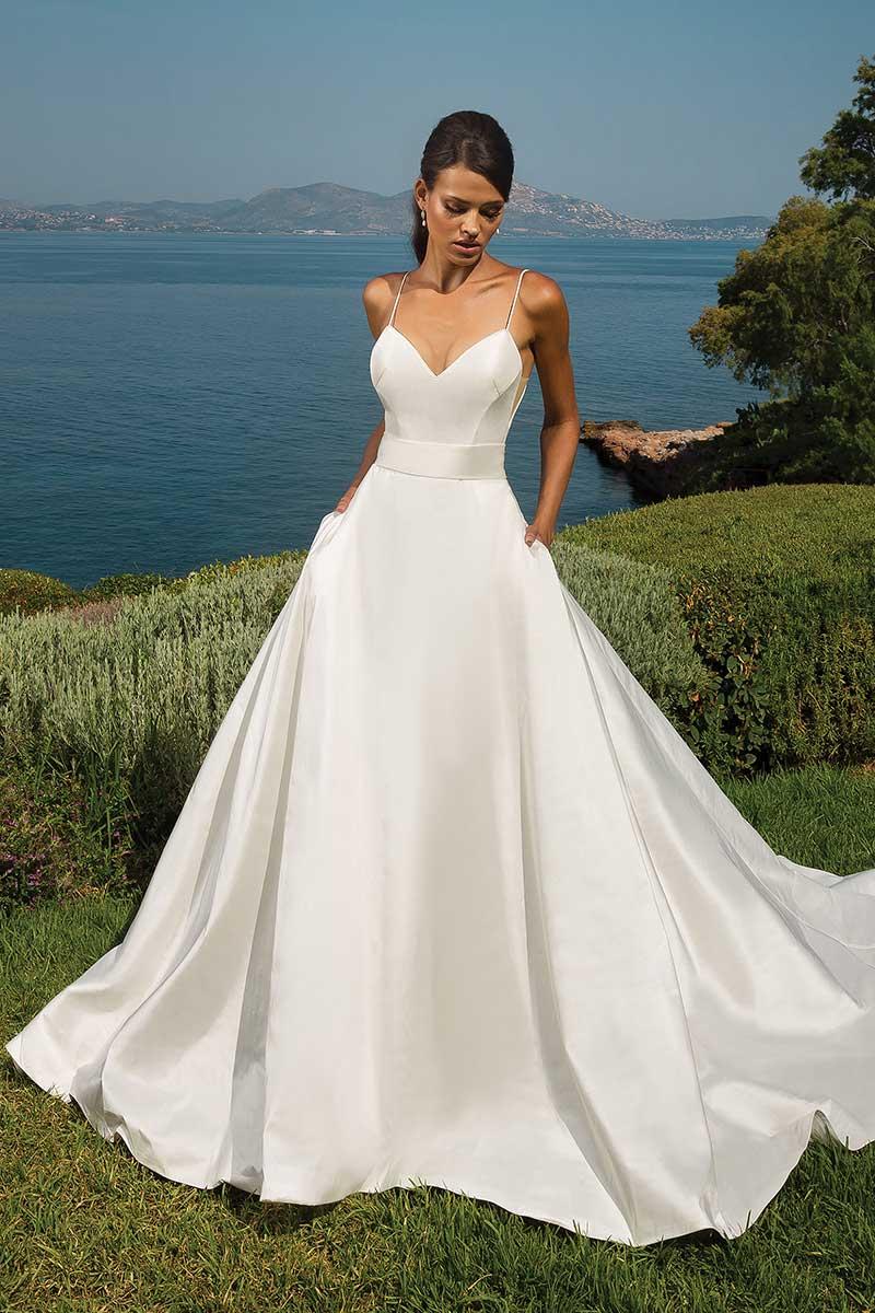 Justin Alexander 8835 Wedding Dress - Mia Sposa Bridal Boutique