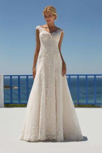 Mark Lesley 7272 Bridal Gown