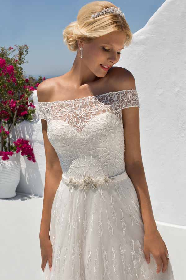 Mark lesley bridal gown 7274 no train mia sposa bridal for Wedding dress no train