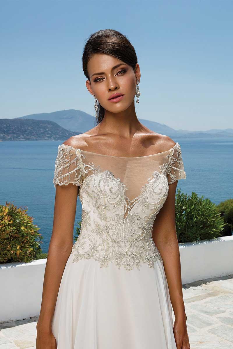 c38ba1dda454 Justin Alexander 8957 Size 16 - Mia Sposa Bridal Boutique