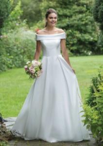Sweetheart Wedding Dress style 11063